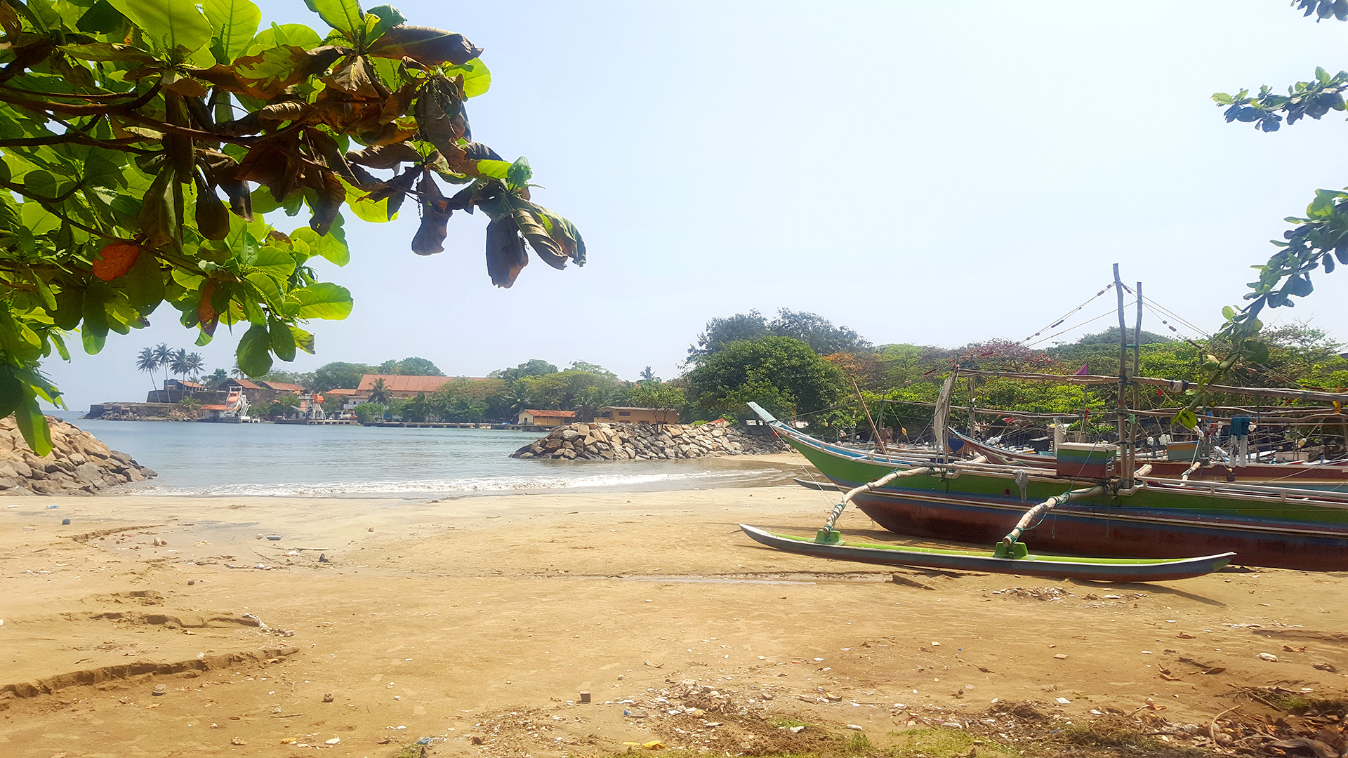 sri lanka boats