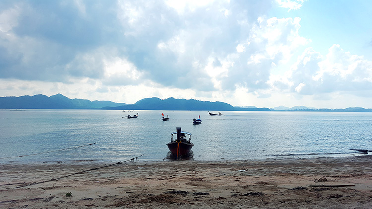 koh jum port
